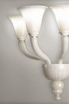 Villaverde_london_calla_wall_light