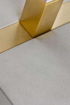 villaverde-london-secrets-leather-table-lamp-01