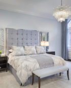 Villaverde_London_Dallas_chandelier_Plum_Interiors_Rhode_Island_1